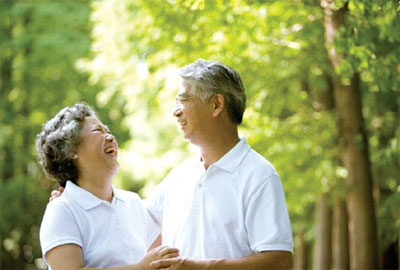 Phương pháp chăm sóc sức khỏe xương khớp cho người cao tuổi