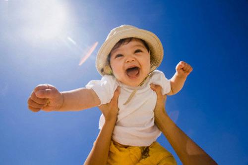 Bổ sung canxi sẽ giúp trẻ luôn khỏe mạnh phát triển tốt