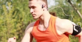 Tập luyện thể thao giúp cải thiện sức khỏe cho nam giới tuổi sau 30